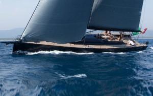 Mylius Yacht 18 E 35 la vision italienne de la voile de prestige