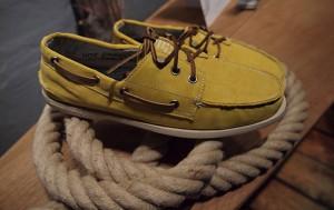 La chaussure bateau a le vent en poupe