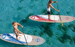 Choisir son stand up paddle : rigide ou gonflable ?