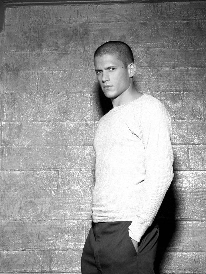 T-Shirt Blanc wentworth miller